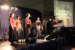 Worship GYS Mennonite World Conference7